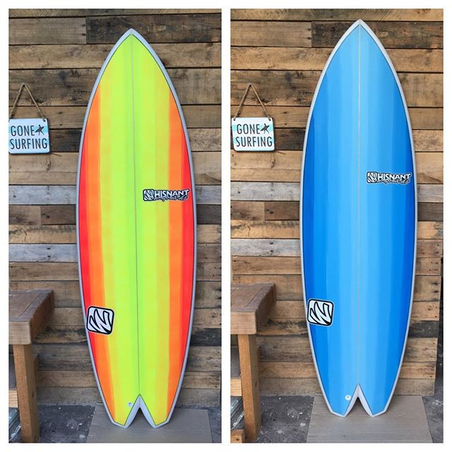 """The new Arrowhead Quad has arrived   5'6"""" & 5'8"""" This model comes standard with  II fin system and Split Keel glass fins. Super fast and surprisingly maneuverable! Paint inspiration from  Thank you!!"""
